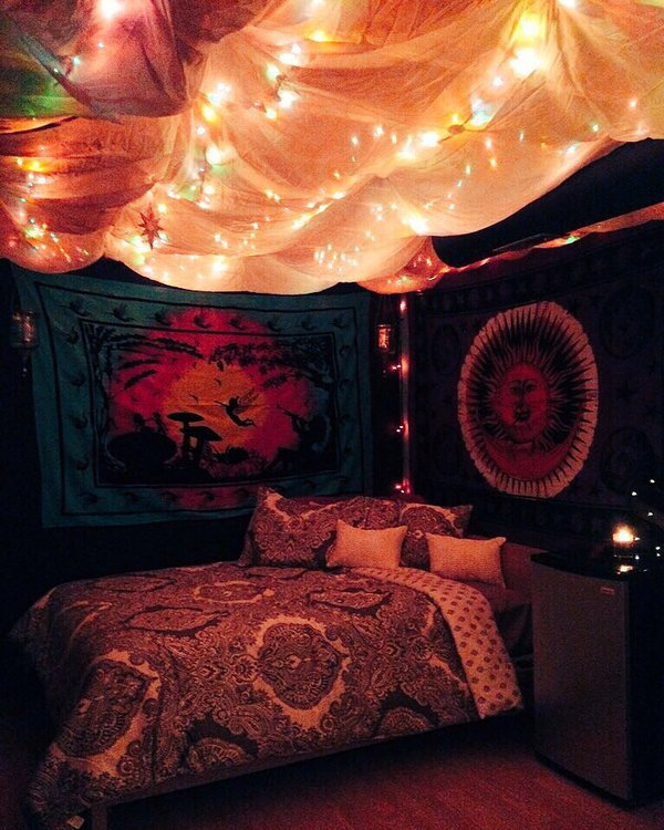 Trippy Room Discovered By Valerie On We Heart It