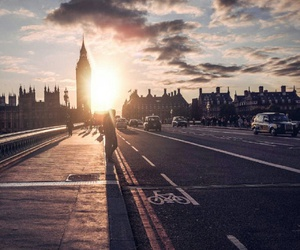 london and Sunny image