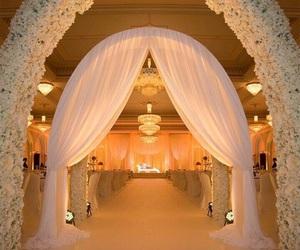 romantic, wedding, and wedding party image