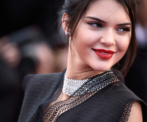 fashion, kendall jenner, and makeup image