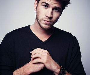 liam hemsworth, boy, and Hot image