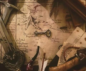 hobbit and map image