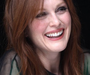 actress, Hot, and julianne moore image