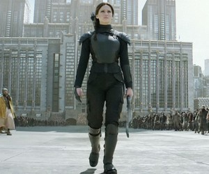 the hunger games, katniss everdeen, and capitol image