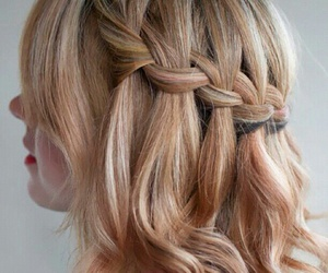 girl, style, and hairposts image