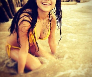 selena gomez, beach, and selena image