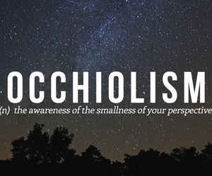 words, occhiolism, and perspective image