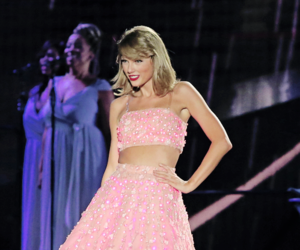 Taylor Swift, pink, and style image