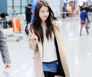 iu, kpop, and clothes image