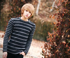 cute, boy, and ulzzang image