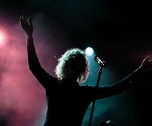 Hillsong and worship image