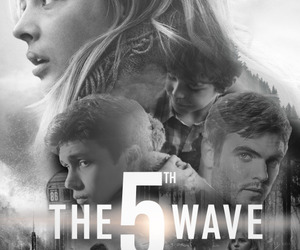 bear, the 5th wave, and la quinta ola image