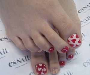 valentine's toes and valentine's toe nails image