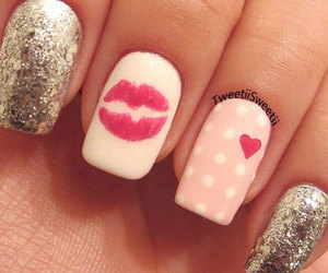 nails, kiss, and pink image