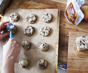 baking, kitchen, and Cookies image