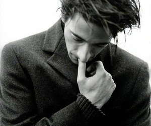 adrien brody and black and white image