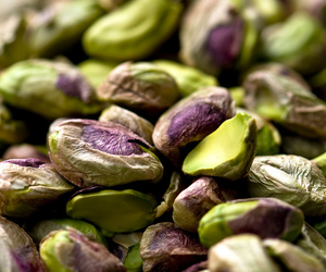 pistachio and food image