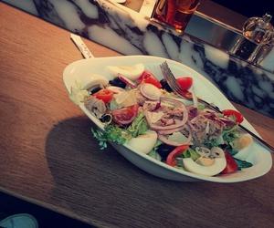 food and salat image