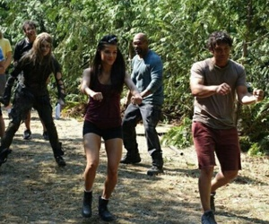 the 100, bob morley, and marie avgeropoulos image