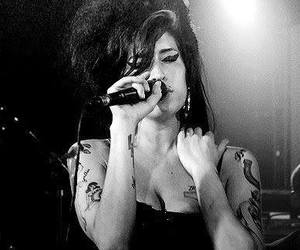 Amy Winehouse, black & white, and hair image