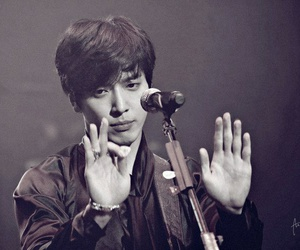 boy, idol, and jung image