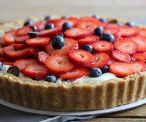 blueberries, strawberries, and looks sooooo good image