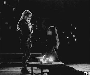 the 100, lexa, and clarke griffin image