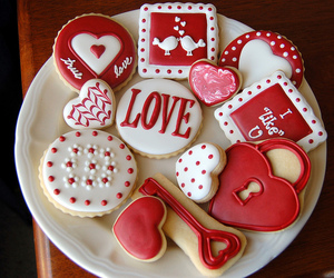 Cookies and red image