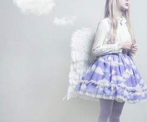 aesthetic, girl, and lilac image