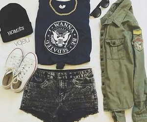 converse, short, and gorro image