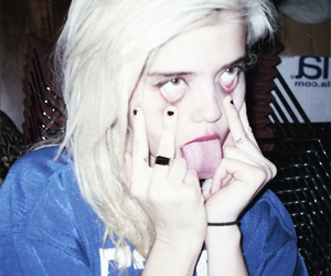grunge, sky ferreira, and pale image