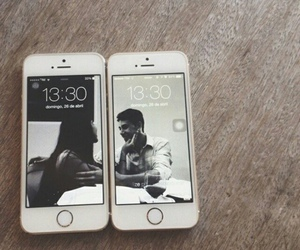 iphone, couple, and wallpaper image