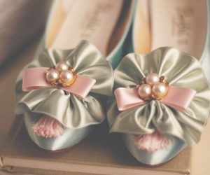 marie antoinette, shoes, and pastel colors image