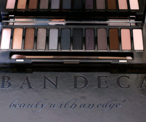 makeup and urban decay image
