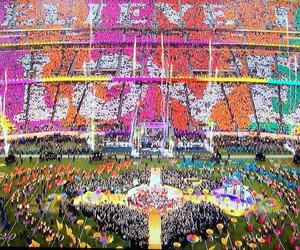 coldplay, beyoncé, and superbowl image
