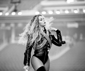beyoncé, Queen, and super bowl image