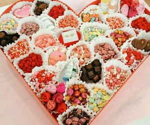 candy, chocolate, and couple image