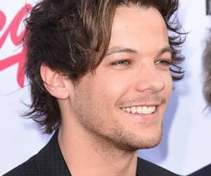 louis tomlinson, one direction, and one dire image