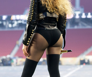 beyoncé, super bowl, and queen bey image