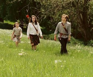 anna popplewell, narnia, and william moseley image