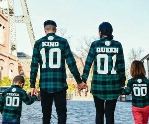 beautiful, family, and girl image