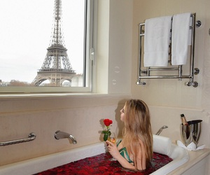 bath, blonde, and Dream image