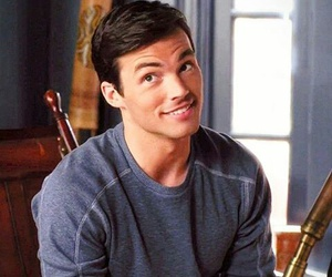 pretty little liars, ezra fitz, and ian harding image