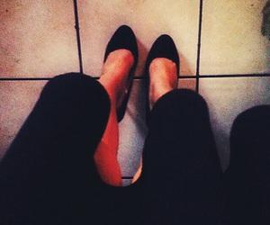 beautiful, zapatillas, and falda image