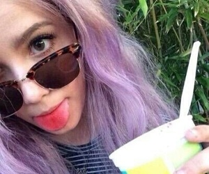 violet, hair color, and halsey image