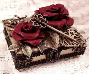 rose, key, and red image