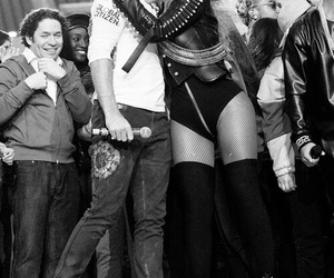 beyoncé, Chris Martin, and queen bey image
