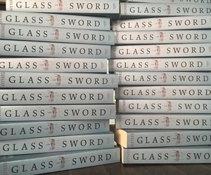 books, glass sword, and victoria aveyard image