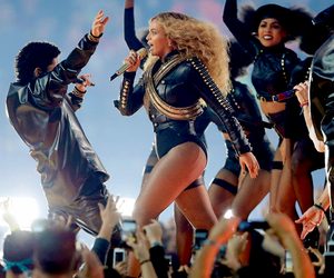 live, beyoncé, and performance image