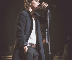 the vamps, bradley simpson, and band image